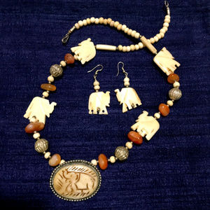 African Elephant Necklace Earrings Set - New